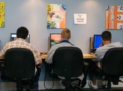 Twelve35 Teen Center: Teens working on Center's computers