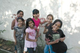 2007 Peoples' Self-Help Housing kids posing for the camera