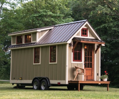 2015 16 recipient tradart foundation women 39 s fund of for Foundation tiny house builders